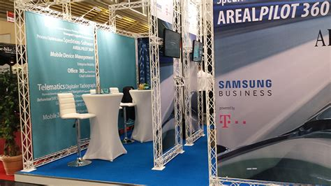 Sonderbau Messestand individuell I mobiler-messestand