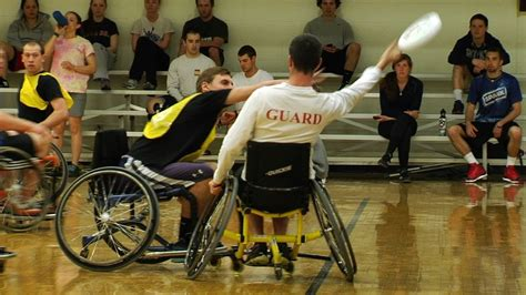 UNH Wheelchair Ultimate Frisbee - YouTube