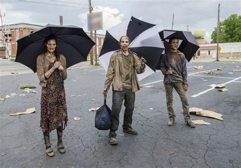 The Funniest Behind The Scenes Pictures from 'The Walking