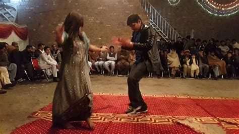 New pashto song 2016 with hot dance - YouTube