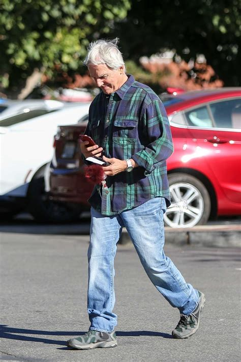 Mark Harmon Heads to the Post Office in Los Angeles