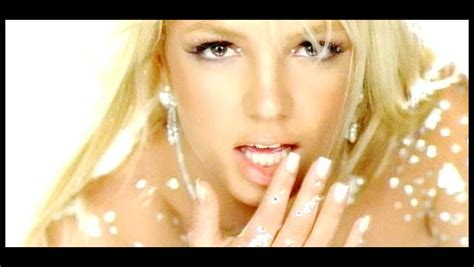 Britney Spears Toxic   Number1 Official Video Klip (HD izle)