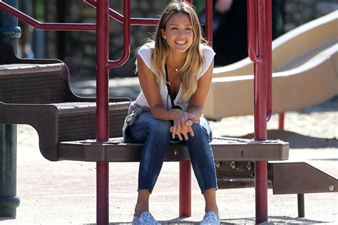 Celebrity Fitness: Jessica Alba: Fit für Hollywood - FIT