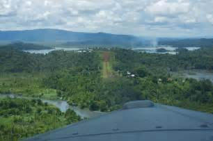 """Silly places to put a """"runway"""" - Papua - Page 1 - Boats"""