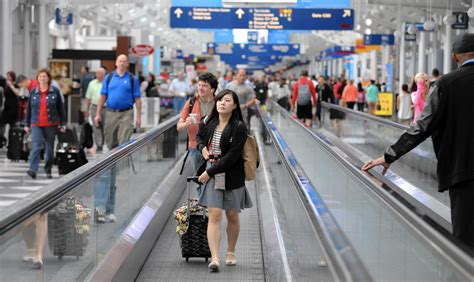 United Airlines is yanking moving walkways at O'Hare