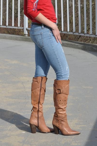 My Outfit: Brown Cowboy Boots for Women   Creative Fashion