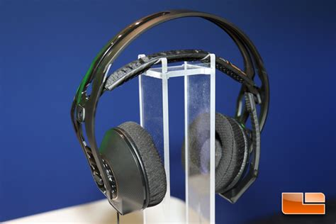 Plantronics Demos Upcoming RIG 500 Family of PC Gaming