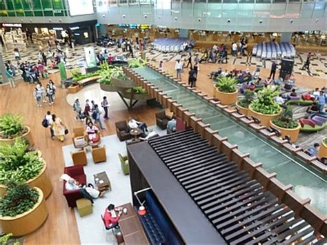 SIN: Singapore Airport Guide - Terminal map, lounges, bars